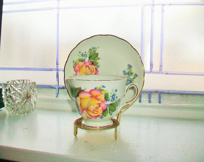 Royal Vale Tea Cup and Saucer Peach Rose Vintage Bone China Made in England