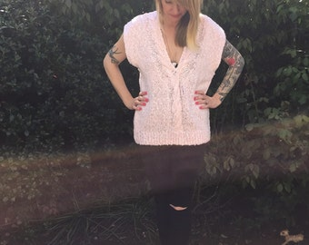 1970s light PINK and white mixed cable KNIT sweater vest