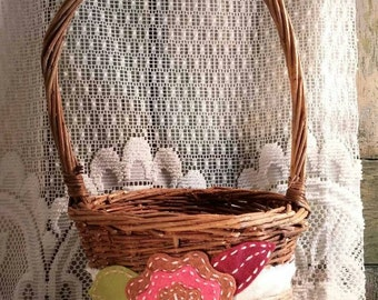 Fall Flower Girl Basket, Willow Basket, Pink and Brown, Fall Wedding, Rustic Wedding, Shabby Chic, by Green Orchid DS.