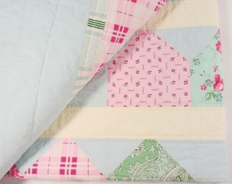 Patchwork Quilt, Throw Size, Picnic Quilt, Pastel Colors, Southern Charm