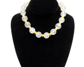 vintage 1960s bubble bead necklace / clear yellow / choker / plastic pearls / 60s costume jewelry / vintage necklace / vintage jewelry