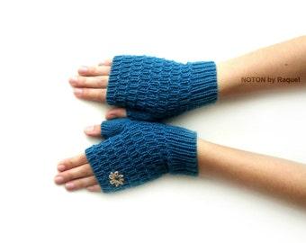 Short Blue Fingerless Knit Gloves
