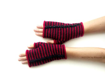 Short Pink and Grey Fingerless Knit Gloves