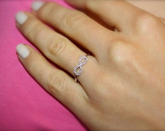 Infinity diamond ring, 18k yellow gold and VS-G diamonds infinity ring, Engagement ring