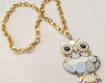 Owl Necklace / Gold Owl Necklace / Owl Jewelry /  Large Owl / Woodland Necklace / Owl Charm / I Love Owls Gift / Owl Collector Gift