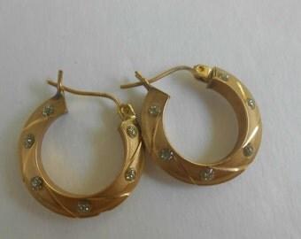 Vintage 14K Diamond-Cut CZ's Swirl Hoop Earrings
