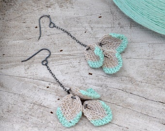 Knitted Dangling 3 x Blossom Petal Earrings - Mint