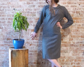 Vintage 1960s Gray Wool Dress - Long Sleeves - Small Size - Sheath Dress - Bias Cut - Leather Covered Buttons - Mod Dress - Work Dress