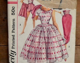 50's dress pattern, also shorts, skirt, blouse, jacket, and cummerbund, Simplicity 2072