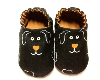 Dog Baby Boy Shoes, 0-6 mos. Baby Booties, Soft Sole Shoes, Boy Crib Shoes with Dogs, Slip on Baby Shoes, Soft Booties, Baby Boy Gift