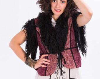 Folk paisley vest with fake fur,Fur vest,Quilted jacket,Winter coat,Cropped vest,Winter jacket,Bohemian jacket,Winter wedding,Cropped jacket