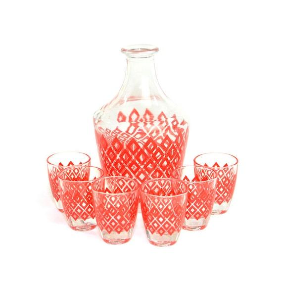 red diamond decanter shot glasses 6 set verrerie. Black Bedroom Furniture Sets. Home Design Ideas