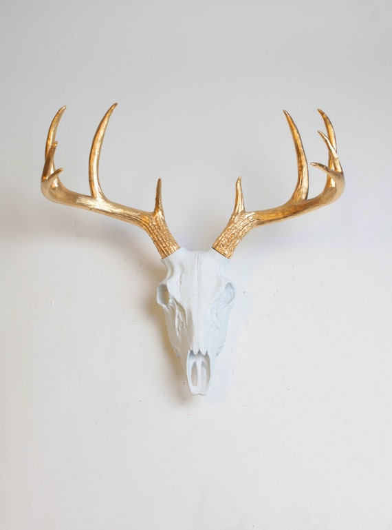 faux deer animal skull the deer skull in white w gold. Black Bedroom Furniture Sets. Home Design Ideas