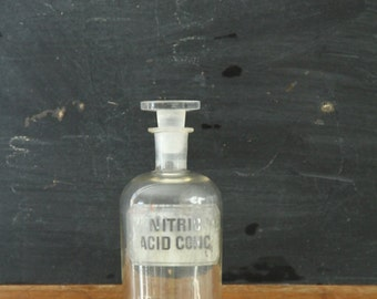 Antique Apothecary Bottle Nitric Acid Conc. Chemical Ground Glass Stopper
