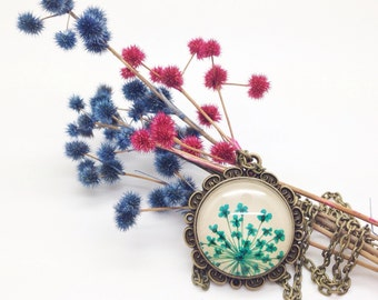 Dried flower necklace in blue with real pressed aqua blue Queen Annes flowers real flower jewelry over beige leather - bridesmaids jewelry -