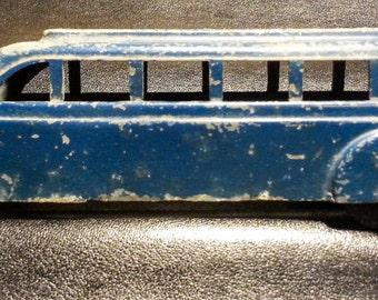 Vintage Metal Masters toy bus