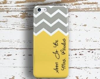 Bride monogram gift, Chevron Iphone 7 case, Future Mrs Iphone 7 plus case, Iphone 6s case, Bride to be Iphone 6 case, Gray and yellow (1169)