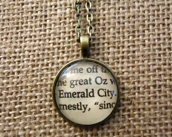 Emerald City Book Page Necklace - The Wizard of Oz