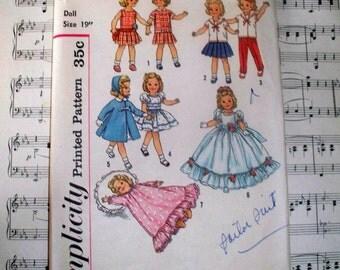 "1950s Simplicity Wardrobe Pattern - Uncut Complete - 2717 - Size 19"""