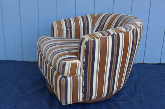 Striped Club Tub Swivel Barrel Chair With Casters By