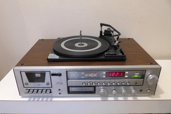 Il Xn Gr on Record Player Solid State Stereo Systems
