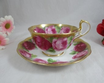 "Vintage 1930s Royal Albert English Bone China Teacup ""Old English Rose"" English Teacup and Saucer - Delightful Tea Cup"
