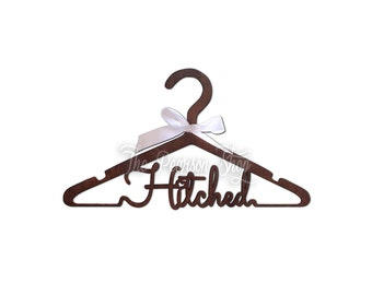 Hitched Wooden Hanger