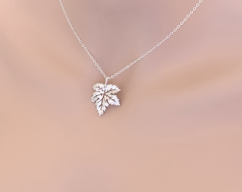 Maple Leaf Necklace Weddings, Special Occasions, Friends, Birthdays