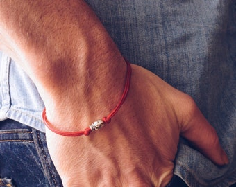 Skull bracelet, men's bracelet with a silver skull charm and a red cord, bracelet for men, gift for him, skeleton, causal jewelry, beach