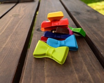 Bow Tie Crayons set of 20 - party favors