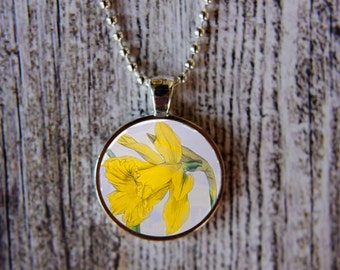 Daffodil Necklace, March Birthday Necklace, Daffodil Jewelry, March Flower of the Month, March Birthday, Birthday Necklace, Gift Under 15