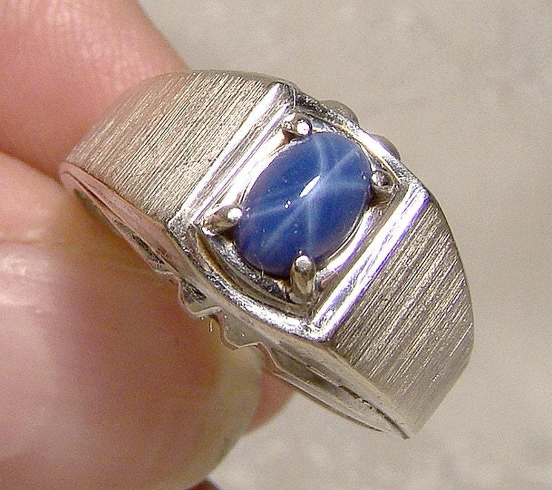 14k white gold genuine blue star sapphire ring 1960s 14 k mens. Black Bedroom Furniture Sets. Home Design Ideas