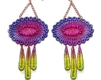 SALE- FOLLOW the SUN Lace Earrings in Meadow
