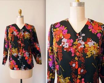 1960s Silk Floral Blouse / Bold V-Neck Mod Top