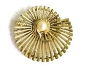 Vintage Marboux Goldtone Spiral Ribbed Fan Faux Pearl Brooch Pin
