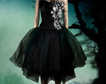 Gothic dress-SILVER FLOWERS-gothic dresses-gothic dresses and gowns-gothic prom dresses-halloween dress-vampire dress-black dress-goth dress