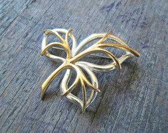 Gold Leaf Brooch - Vintage Leaf Pin - Antique Gold Pin