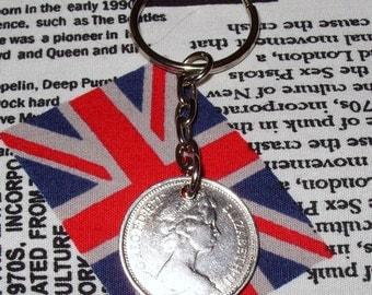 1971 British Old Large Five Pence Coin Keyring Key Chain Fob Queen Elizabeth II