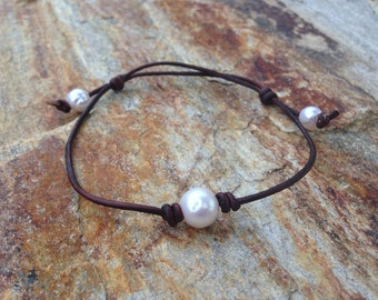 Adjustable Pearl and Leather Anklet