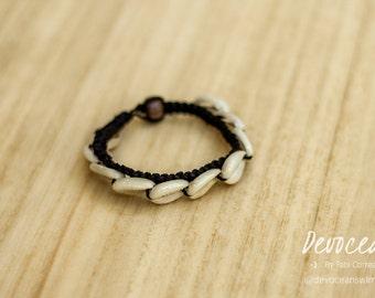 Cowrie Shell bracelet - Gypsy Bracelet - Black Cowrie Shell Bracelet - Boho Bracelet