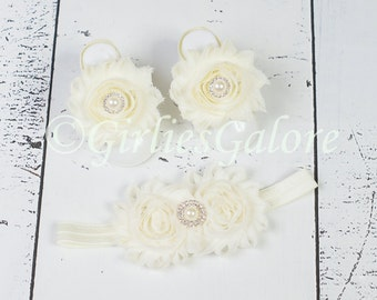 BUY 2 GET 1 FREE---Ivory Baby Barefoot Sandals w/ matching headband, Baby Barefoot Sandals, Baby Sandals, Baby Headband, Baby Shoes