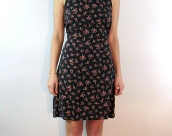 SALE --90s Floral Mini Dress