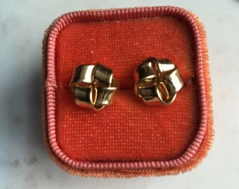 14k yellow gold lover's knot earrings