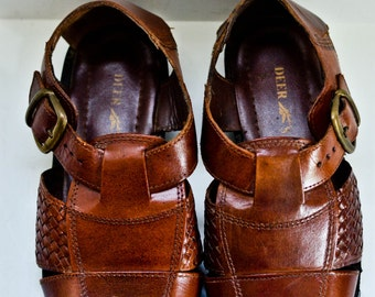 SALE Mens Brown Woven Fisherman Sandals Size 9