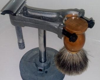 Manly Safety Razor Shaving Stand - Engine Themed