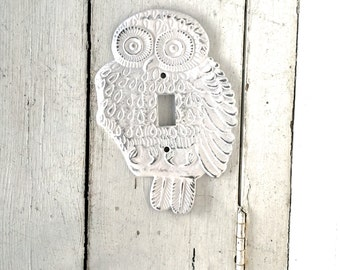Owl Decor, Light Switch Cover, Owl Plate Cover, Light Switch Plate, White Owl Switch Plate, Custom, Shabby Chic, Switch Plate, Light Fixture