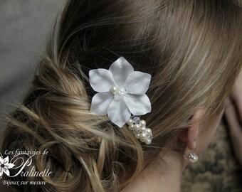 Peigne mariage pétales de fleurs en satin de soie et perles - Bridal silk flowers and pearls haircomb