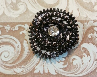 Zipper Brooch- Black and white houndstooth
