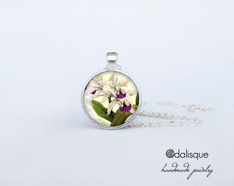 Vintage Orchid pendant White Volet Orchid Necklace Exotic Flowers Jewelry birthday gift Key Ring cs166