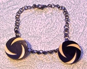 Bracelet black jewels and celluloid Art Deco buttons